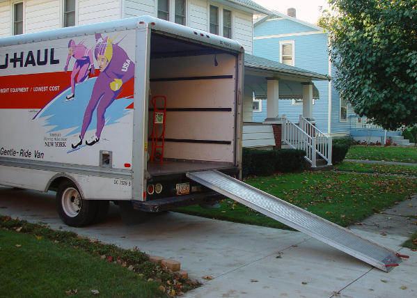 Tips to Help your Dog Adjust During a Move